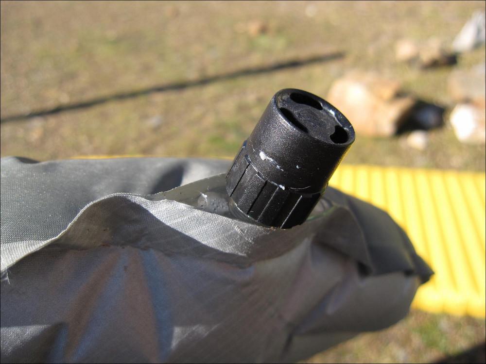 la valve de gonflage NeoAir Xtherm